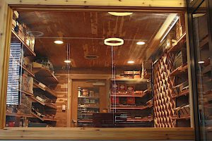 KARMA CIGAR BAR Premium cigars and a wide range of accessories.