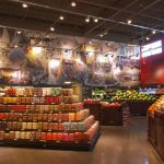 GREEN GROCER Strack & Van Til built a store in Cedar Lake on an existing site, reusing existing concrete from the site, with a strong emphasis on reducing energy consumption.