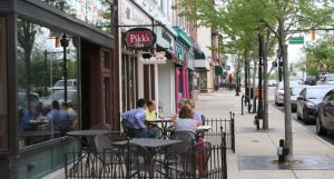 Valparaiso's downtown has experienced a renaissance. Small businesses have flocked to the downtown filling it with a mixture of restaurants, retail shops, boutiques and more.